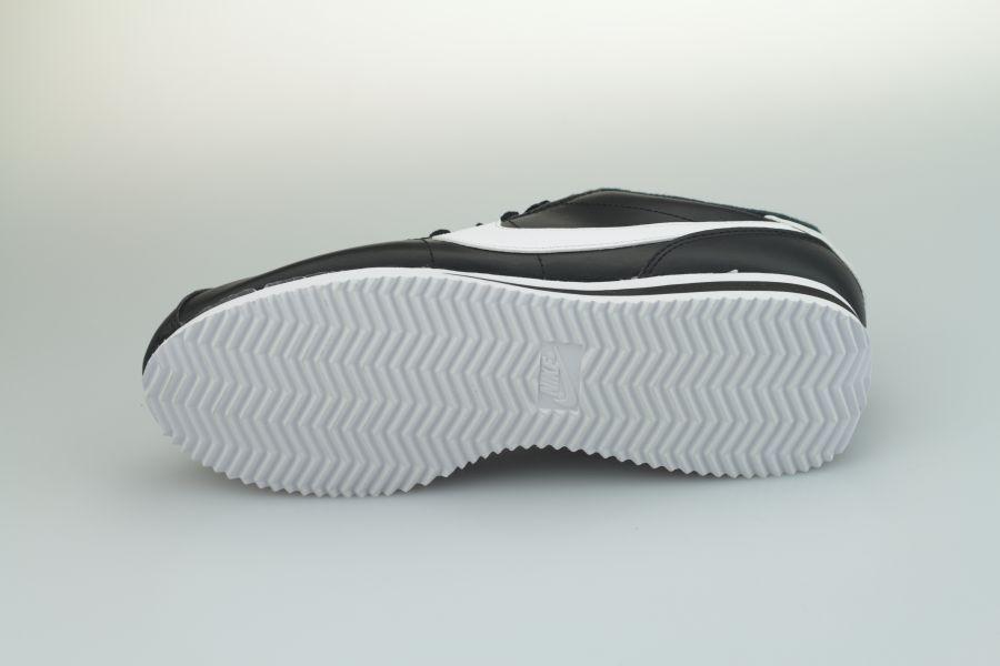 nike-cortez-leather-819719-012-black-white-metallic-silver-4B3iHYkCEjS8Kr