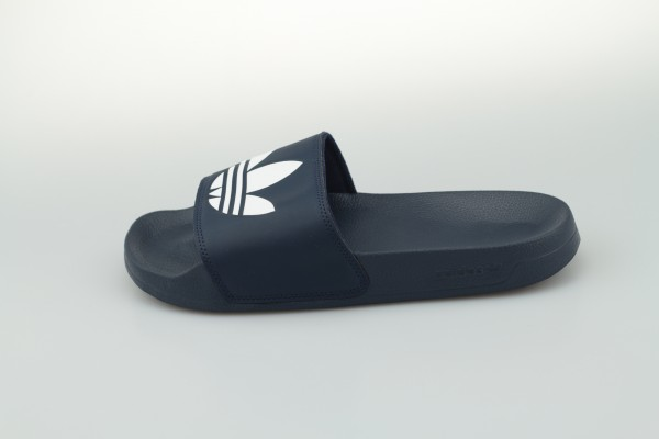 adilette Lite (Collegiate Navy / Cloud White / Collegiate Navy)