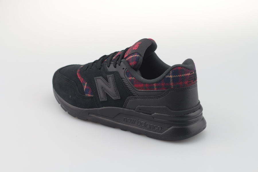 new-balance-cw-997h-xb-766881-508-black-red-5UN0Pfs0ydyo77