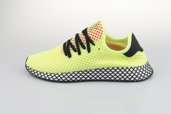 Deerupt Runner (Hi Res Yellow / Core Black / Shock Pink)