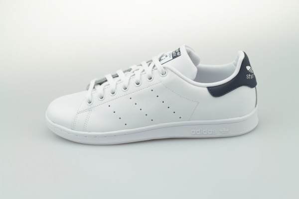 Stan Smith (Core White / Core White / Dark Blue)