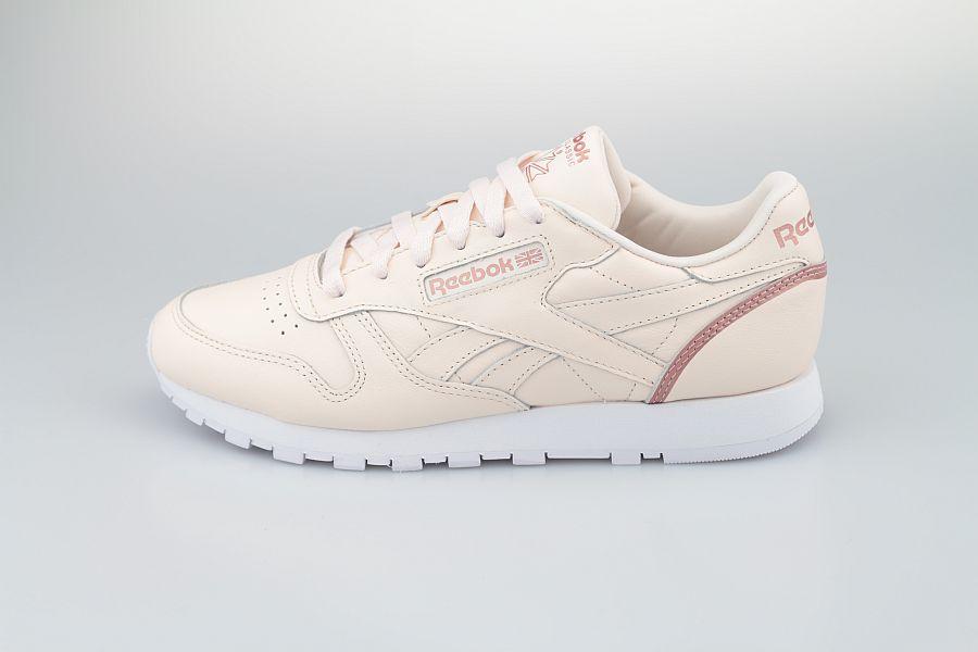 Reebok-Classic-LTHR-Ceramic-Pink-Blush-Metal-Cloud-White-900-1