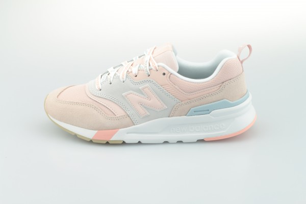 CW 997H KA (Oyster Pink / Team Away Grey)