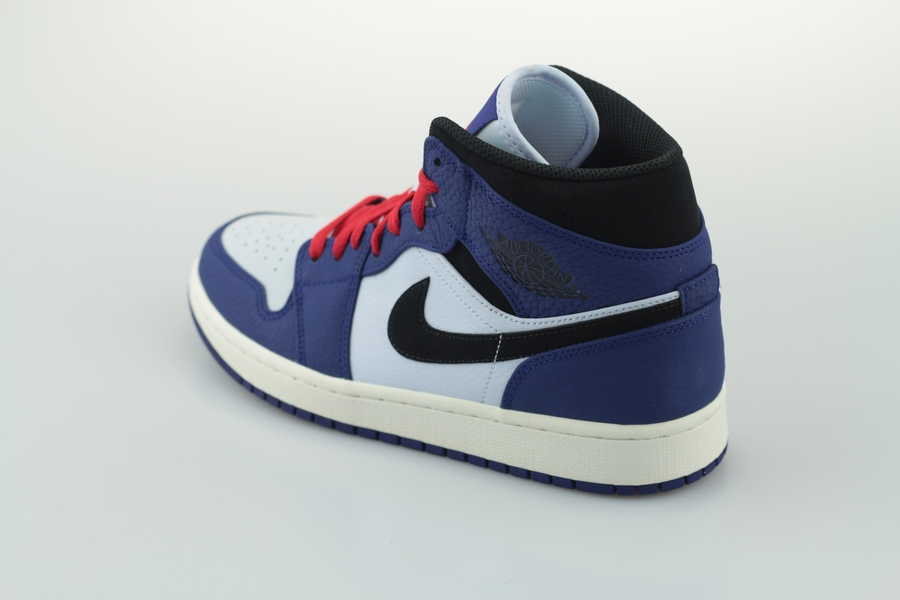 air-jordan-1-mid-se-852542-400-deep-royal-blue-black-half-blue-3