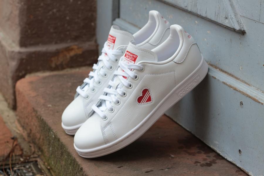 adidas-stan-smith-w-g27893-footwear-white-active-red-footwear-white-valentine-18