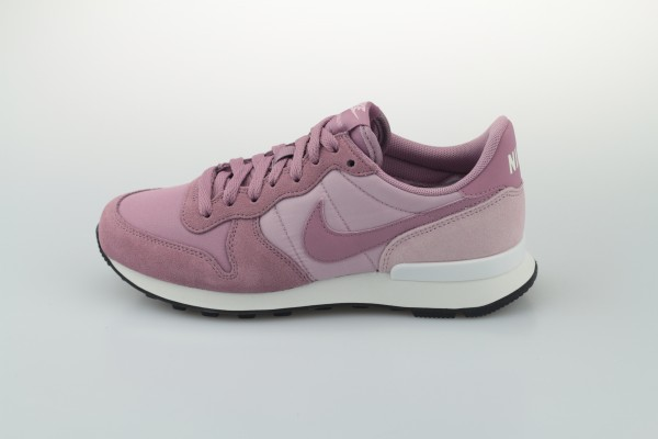 Wmns Internationalist (Plum Dust / Plum Dust - Plum Chalk - Black)