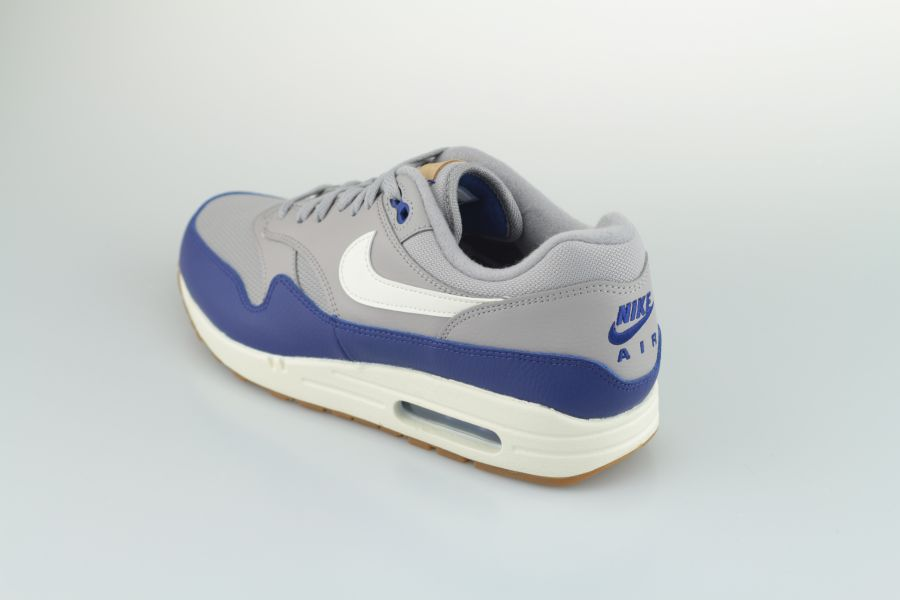 nike-air-max-1-ah8145-008-atmosphere-grey-sail-deep-royal-blue-3