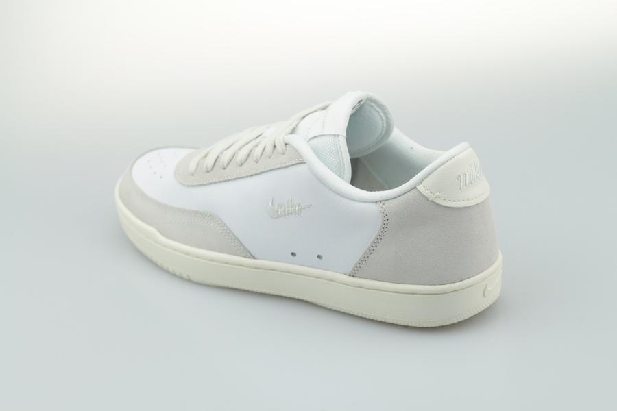 Nike-Court-Vintage-Premium-White-Platinum-Tint-Sail-CW7586-100-2VK4htfF5A2Ang