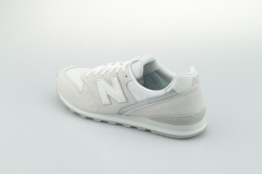 new-balance-wl-996-cla-738731-5011-beige-3N0QihoiYbg8LY