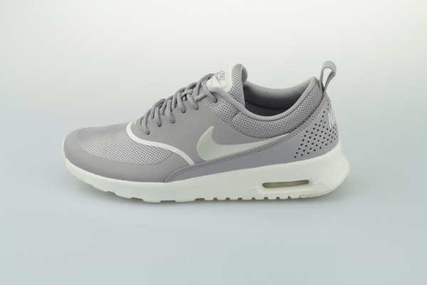 Wmns Air Max Thea (Atmosphere Grey / Sail)