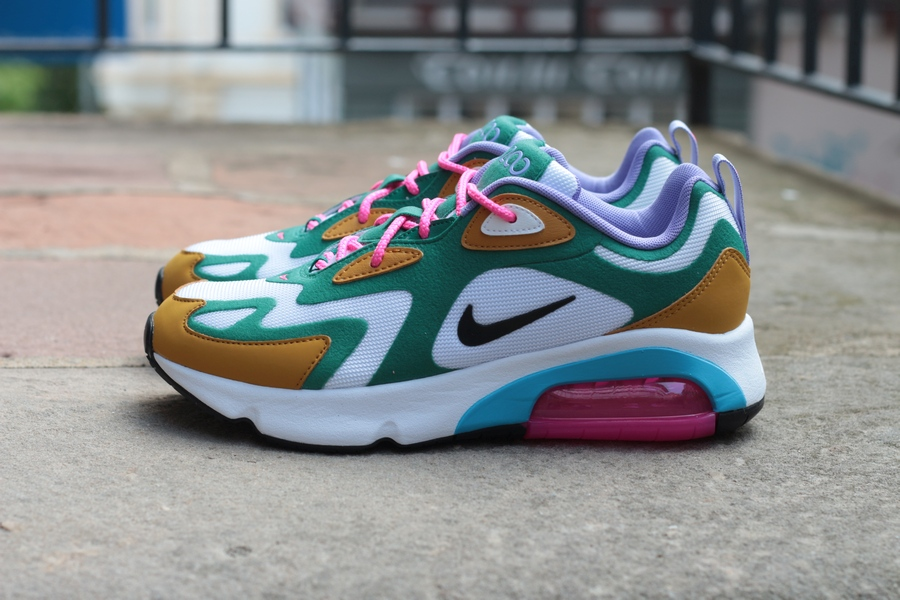 nike-wmns-air-max-200-at6175-300-mystic-green-gold-suede-light-current-blue-white-5
