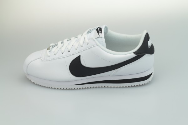 Classic Cortez Leather (White / Black - Metallic Silver)
